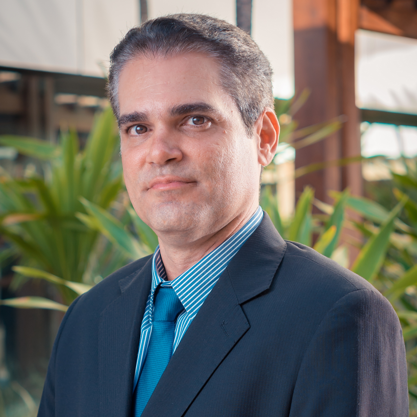 Dr. André Gonzalez